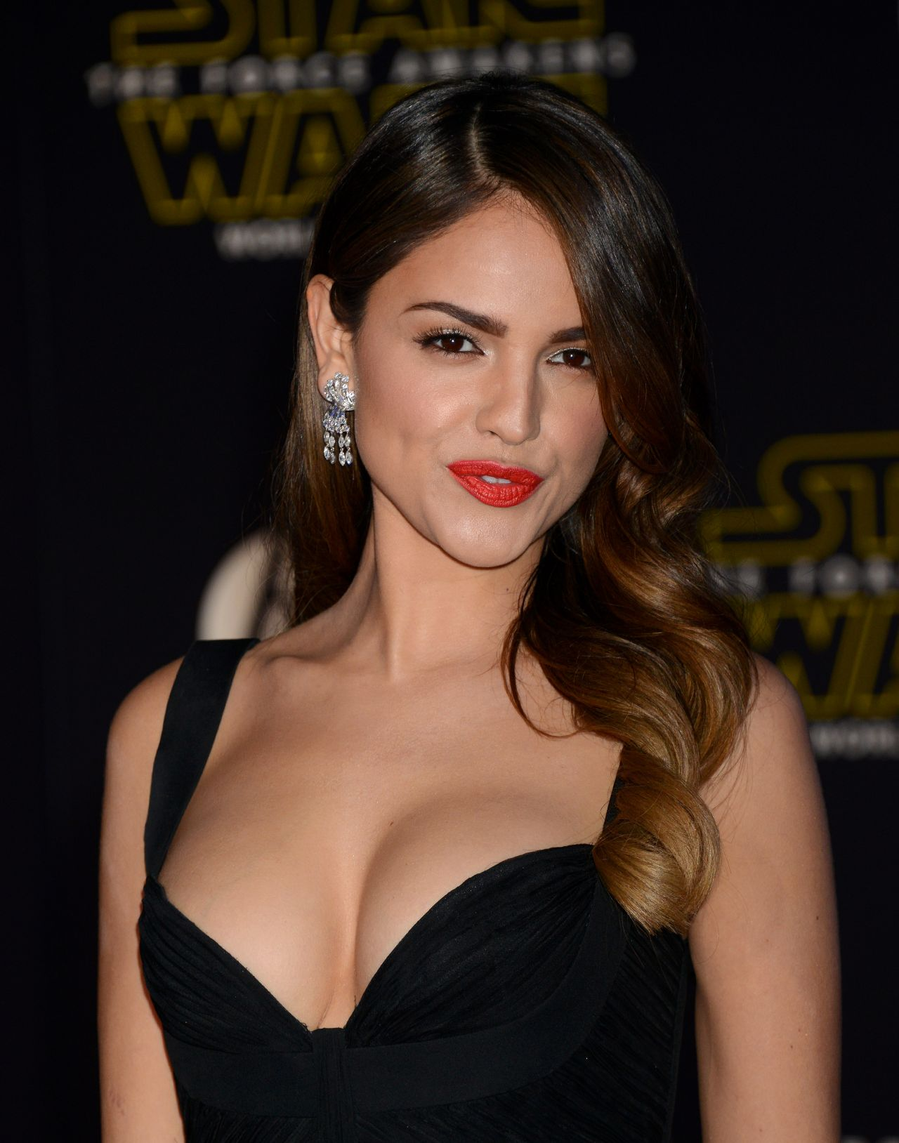 Eiza Gonzalez Star Wars The Force Awakens Premiere In