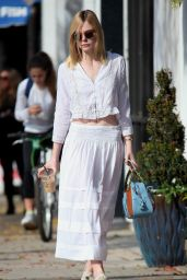 Elle Fanning Street Fashion - Out in Studio City 12/23/2015