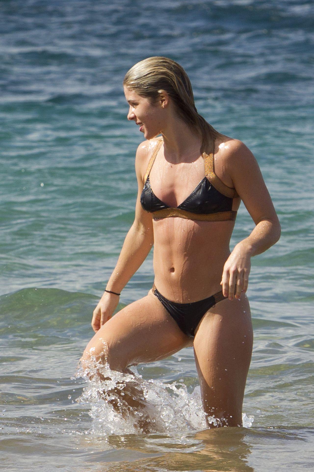 Emily Bikini Nude 118