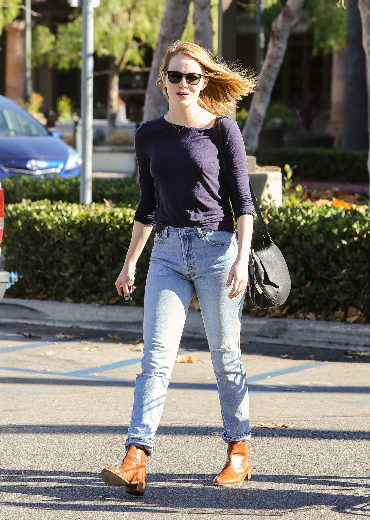 Emma Stone Jeans Shopping Ralph Malibu November Vogue Magazine