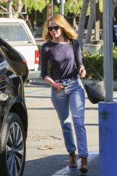 Emma Stone in Jeans - Shopping at Ralph
