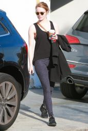 Emma Stone in Leggings - Outside a Gym in Los Angeles - 12/21/2015