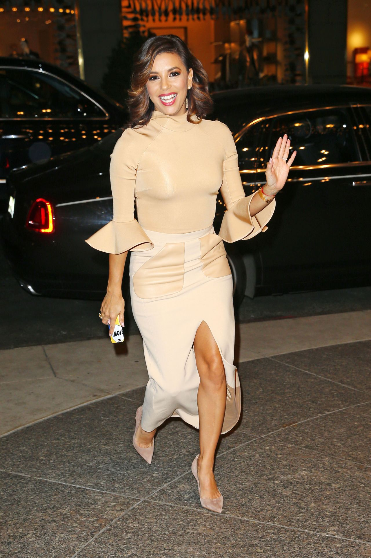 Eva Longoria Style - at Her Hotel in NYC 12/12/2015 ева лонгория