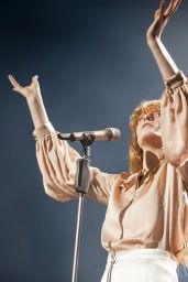 Florence Welch - Florence and The Machine Performing live at the SSE Hydro in Glasgow