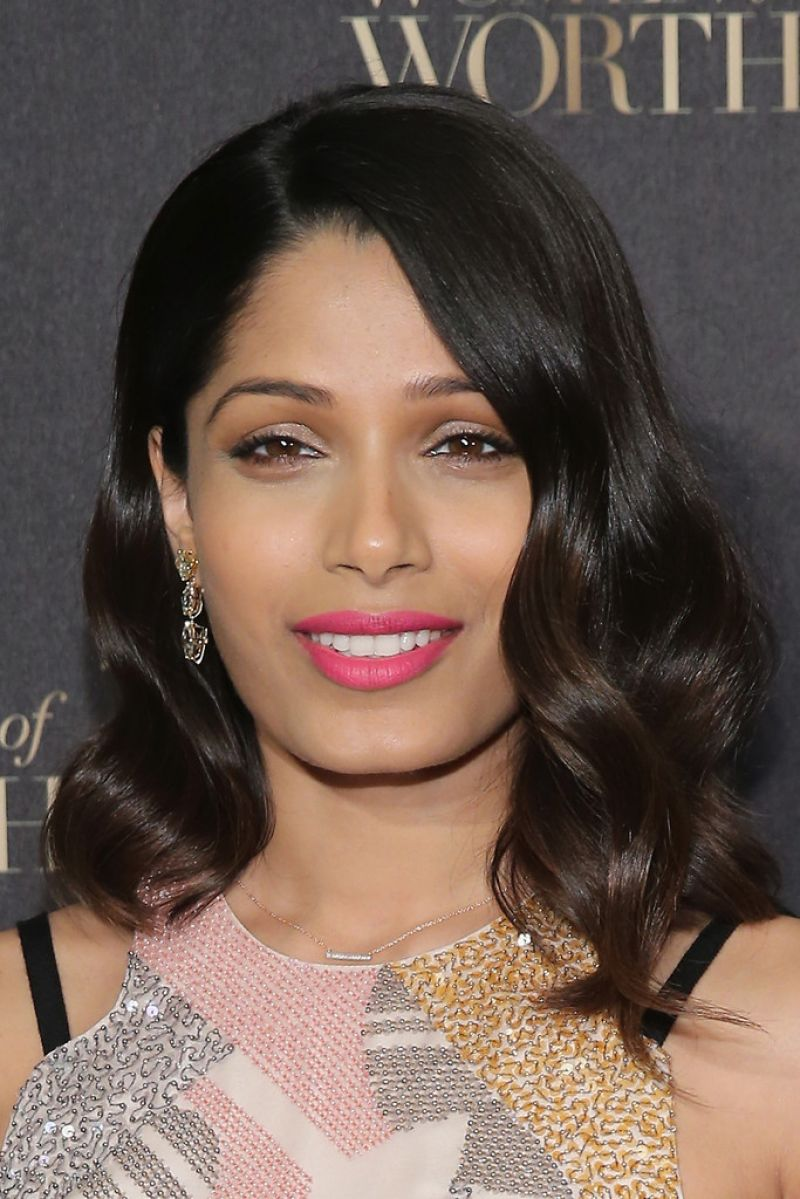 Freida Pinto - L'Oreal Paris Women of Worth 2015 ... Freida Pinto