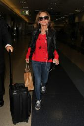Giada De Laurentiis at Los Angeles International Airport, 12/9/2015