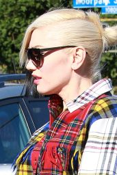 Gwen Stefani Leaving Church in Los Angeles, 12/13/2015