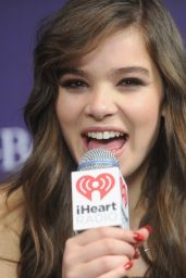 Hailee Steinfeld on Red Carpet - Z100 Jingle Ball 2015 in New York City