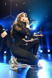 Hailee Steinfeld Performs at 102.7 KIIS FM