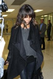 Halle Berry at Los Angeles International Airport, 12/9/2015