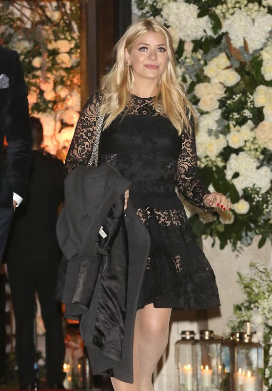 Holly Willoughby - Leaving Christine Bleakley & Frank Lampard