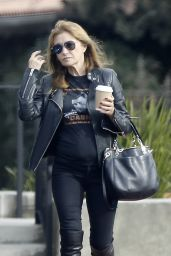 Jane Seymour in a Johnny Cash T-Shirt Picks up a Cup of Coffee From a Local Coffee Place in Malibu 12/22/2015