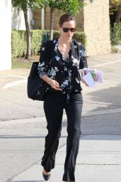 Jennifer Garner at Church in Brentwood, December 2015