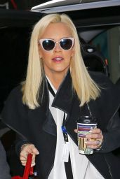 Jenny McCarthy - Arriving at Sirius Radio Studios in New York, November 2015
