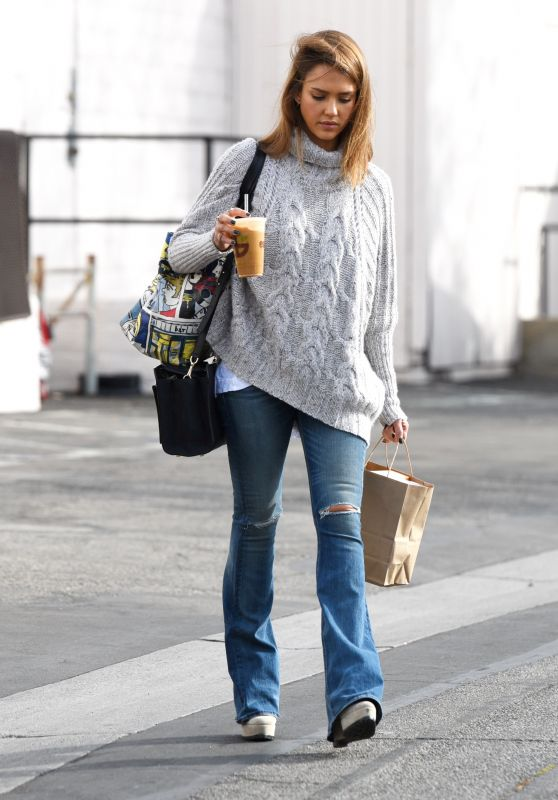 Jessica Alba - Out in LA, December 2015