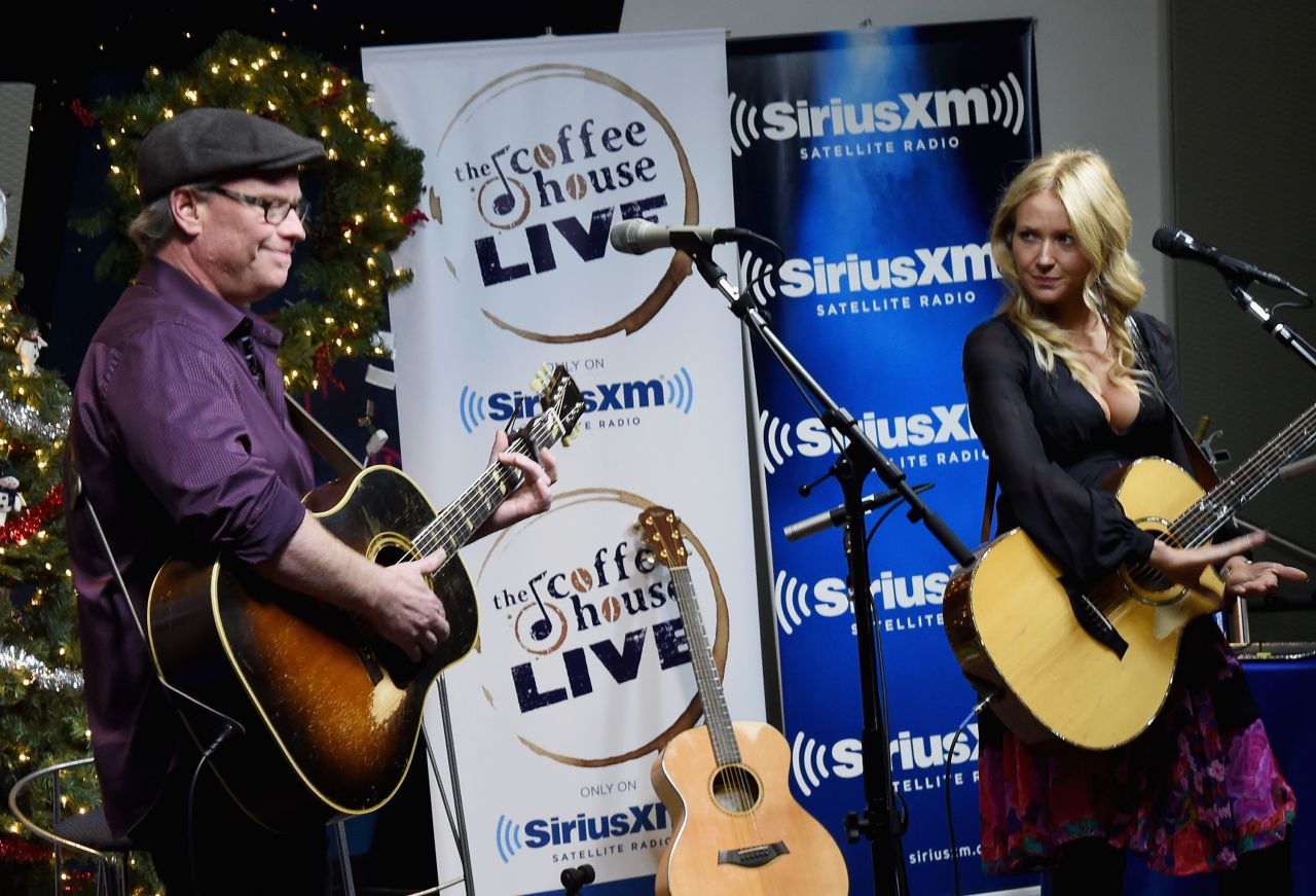 Jewel Kilcher 2015 Siriusxm Acoustic Christmas With Jewel And Shawn Mullins In Nashville