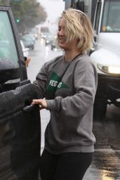 Kaley Cuoco in Spandex - Leaving the Gym Getting Caught in the Rain Without an Umbrella 12/22/2015