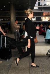 Kate Upton at LAX Airport in Los Angeles 12/11/2015