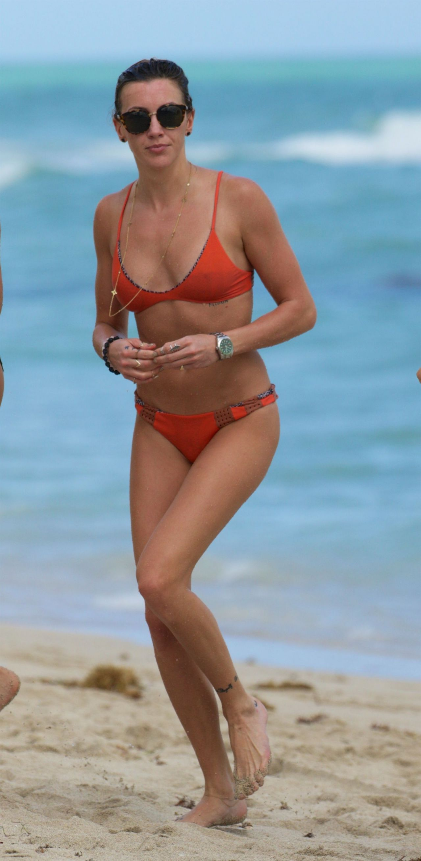 Katie Cassidy in a bikini at a Beach in Miami 12/22/2015 • CelebMafia