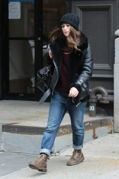 Keira Knight Street Style - Out in New York City, 12/26/2015