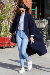 Kendall Jenner Street Style - Out in LA 12/19/2015