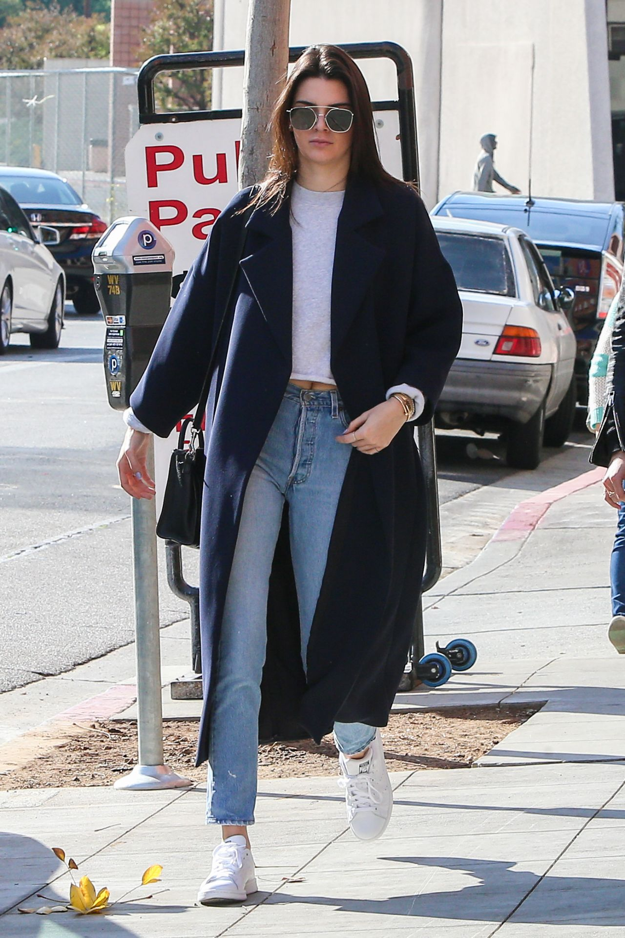 Kendall Jenner Street Style Out In La 12 19 2015
