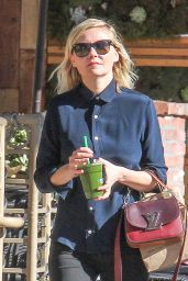 Kirsten Dunst - Out in LA 12/18/2015