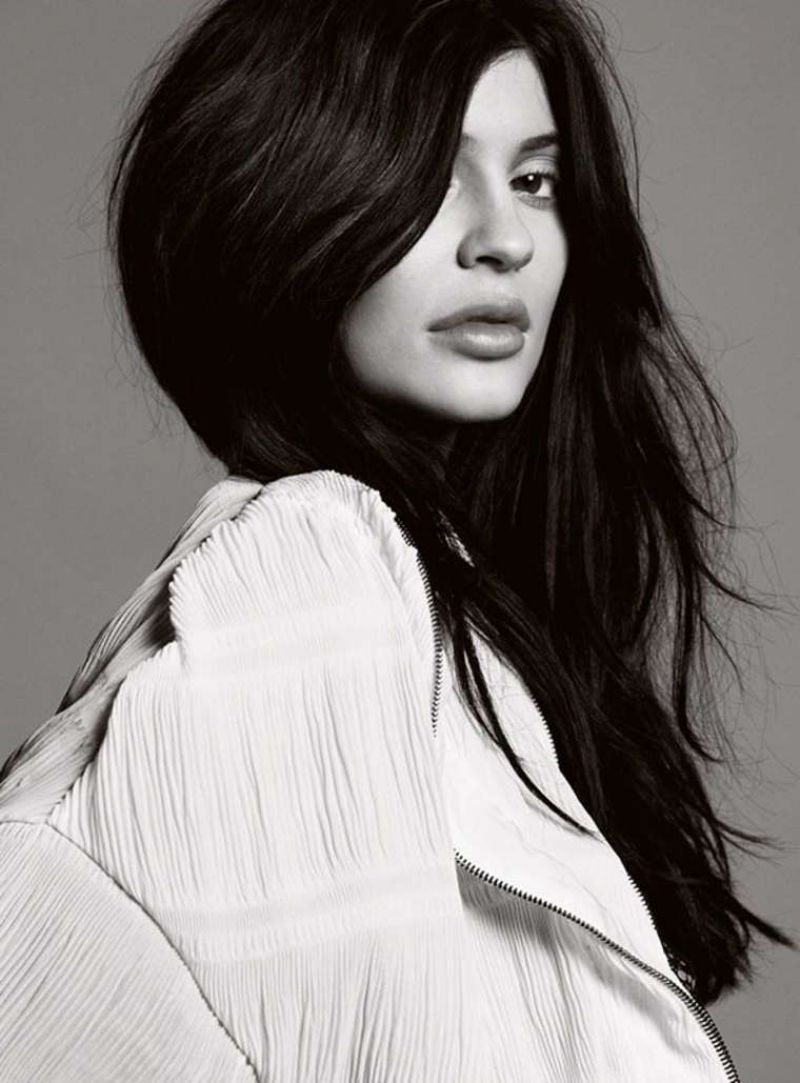 Kylie Jenner Depressed: Elle UK Magazine February 2016 Cover And Photos