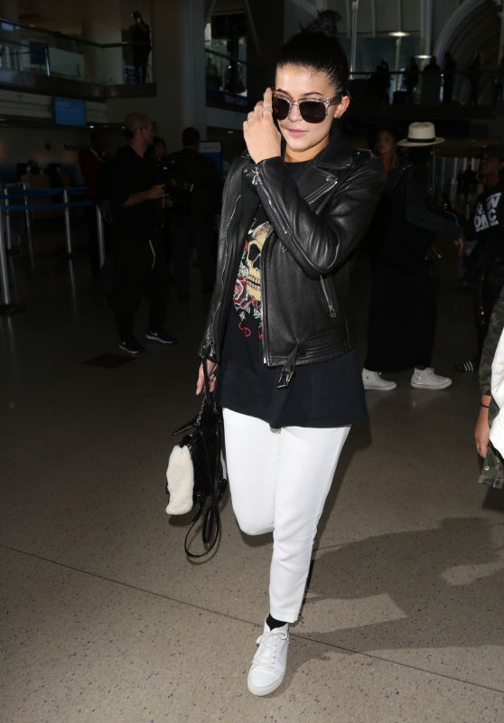 Kylie Jenner Style - at LAX Airport, 12-7-2015