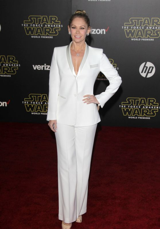 Kym Johnson – Star Wars: The Force Awakens Premiere in Hollywood