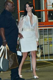 Lana Del Rey - Leaving The Weekend Concert in Los Angeles, 12/10/2015