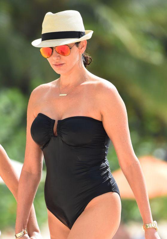 Lauren Silverman in a Swimsuit - Beach Candids Barbados, December 2015