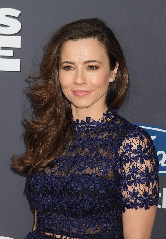 Linda Cardellini – 'Daddy's Home' Premiere in New York City 12/13/2015