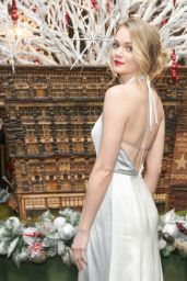 Lindsay Ellingson - WINTER WONDERLAND BALL at New York Botanical Garden in Bronx, December 2015