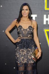 Linzi Stoppard – Star Wars: The Force Awakens Premiere at Odeon Leicester Square, London