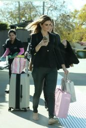 Maria Menounos Street Fashion - Shopping in Los Angeles, CA 12/23/2015