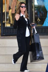 Maria Shriver - Goes Shopping in Beverly Hills 12/22/2015