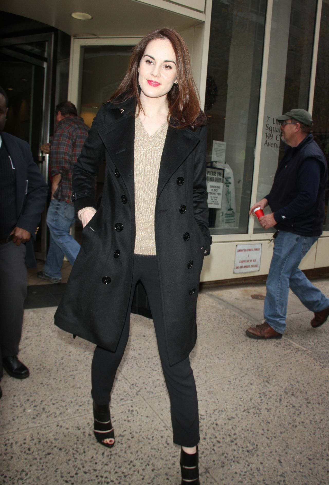 michelle dockery out in new york city 1292015