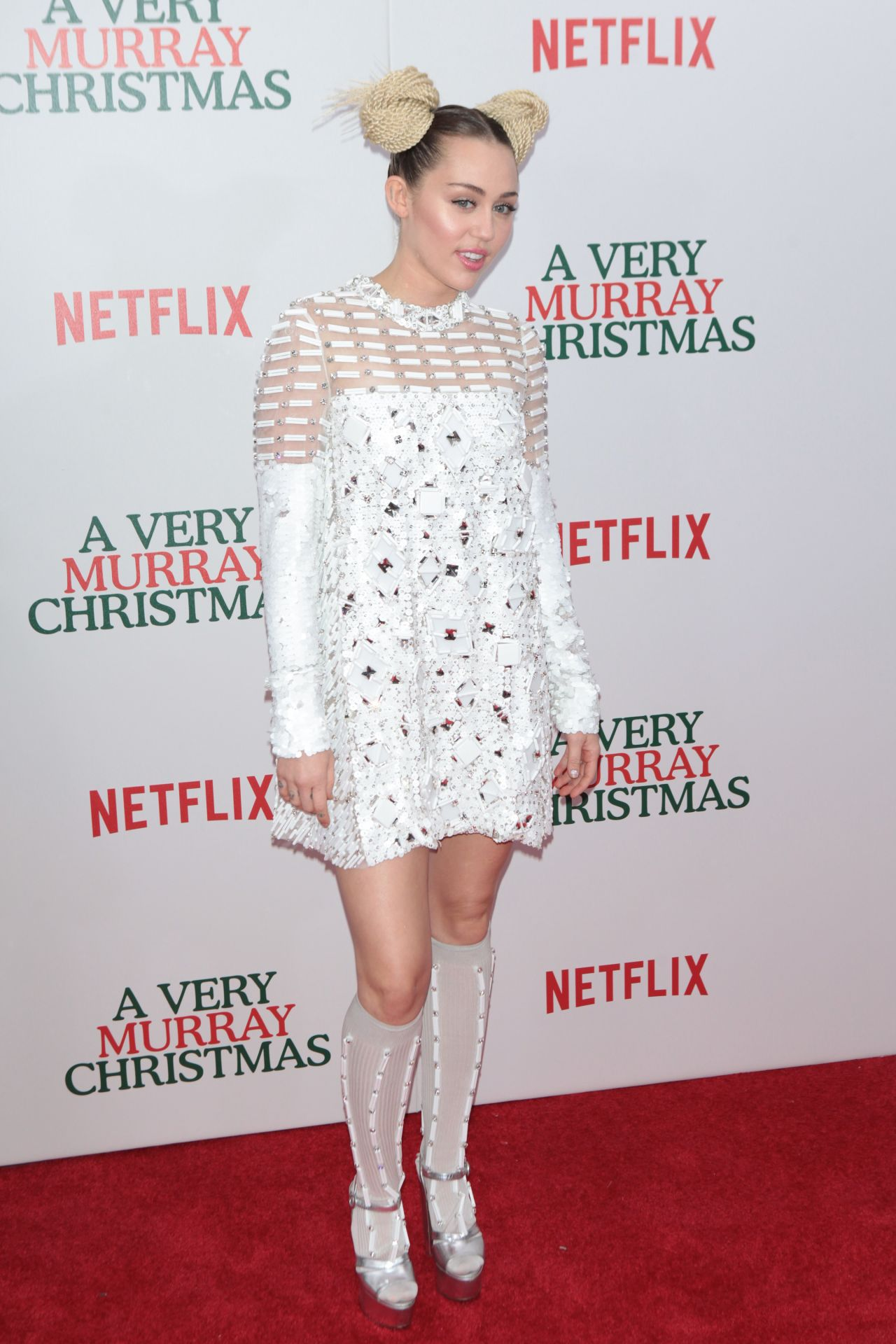 Miley Cyrus - Netflix Original Holiday Special 'A Very Murray ...