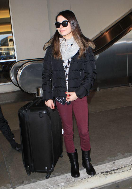 Miranda Cosgrove  Airport Style - LAX, December 2015