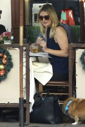 Mischa Barton at Il Pastaio Restaurant in Beverly Hills, December 2015