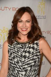 Nikki DeLoach – The Beauty Book For Brain Cancer Edition Two Launch Party in Los Angeles, 12/3/2015