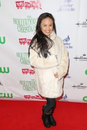 Nikki Soo Hoo – 2015 Hollywood Christmas Parade in Hollywood
