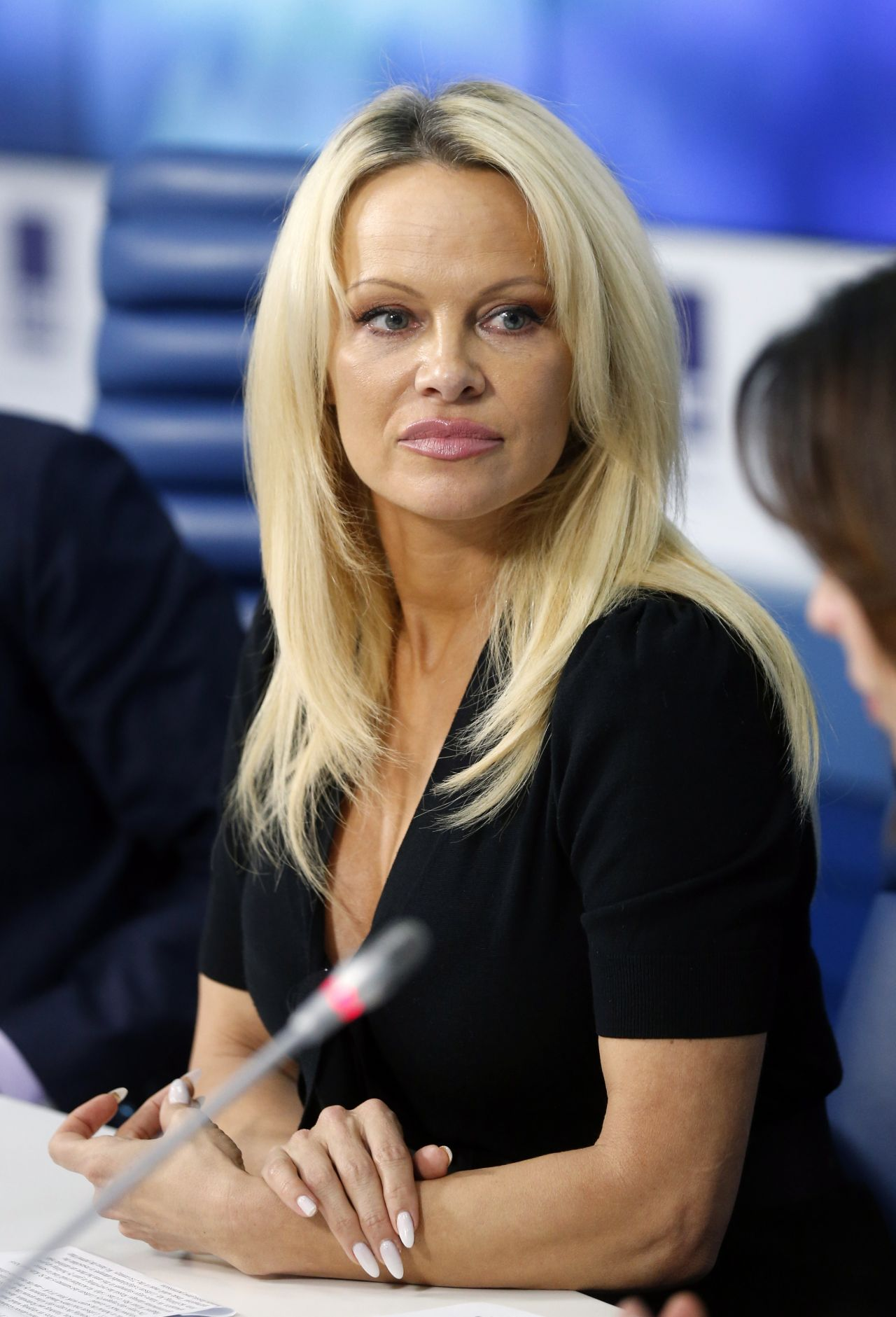 Pamela Anderson - International Fund for Animal Welfare in Moscow, 12 ... Pamela Anderson