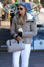 Paris Hilton - Gorsuch Ski Clothing at Durant Ave in Aspen 12/28/2015