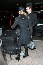 Paris Hilton - Returns to Los Angeles at LAX Airport - December 2015