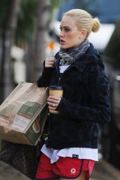 Peta Murgatroyd Grab Coffee, December 2015