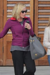 Reese Witherspoon and Chelsea Handler -Out in Brentwood, 12/10/2015