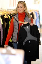Reese Witherspoon Casual Style - Shopping in Venice Beach 12/11/2015
