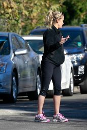 Reese Witherspoon - Out For a Run in Pacific Palisades, December 2015